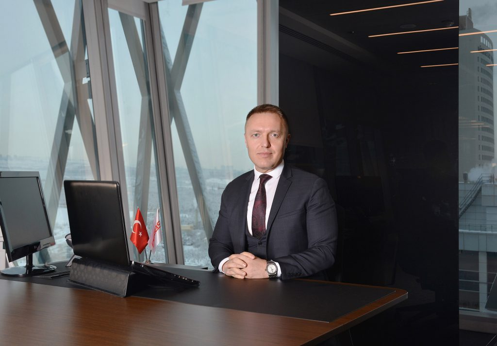 Petlas Uluslararası Satış ve Pazarlama Müdürü Oğuz Ay